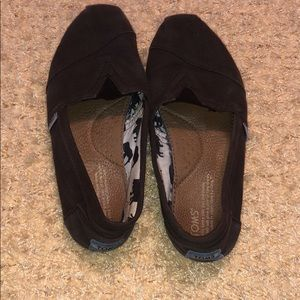 Dark brown TOMS slip on shoes